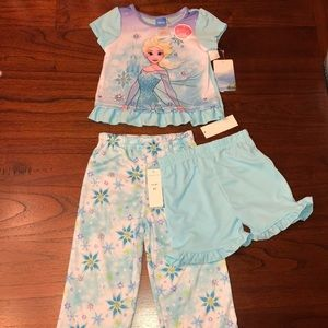 NWT Disney Elsa Pajamas